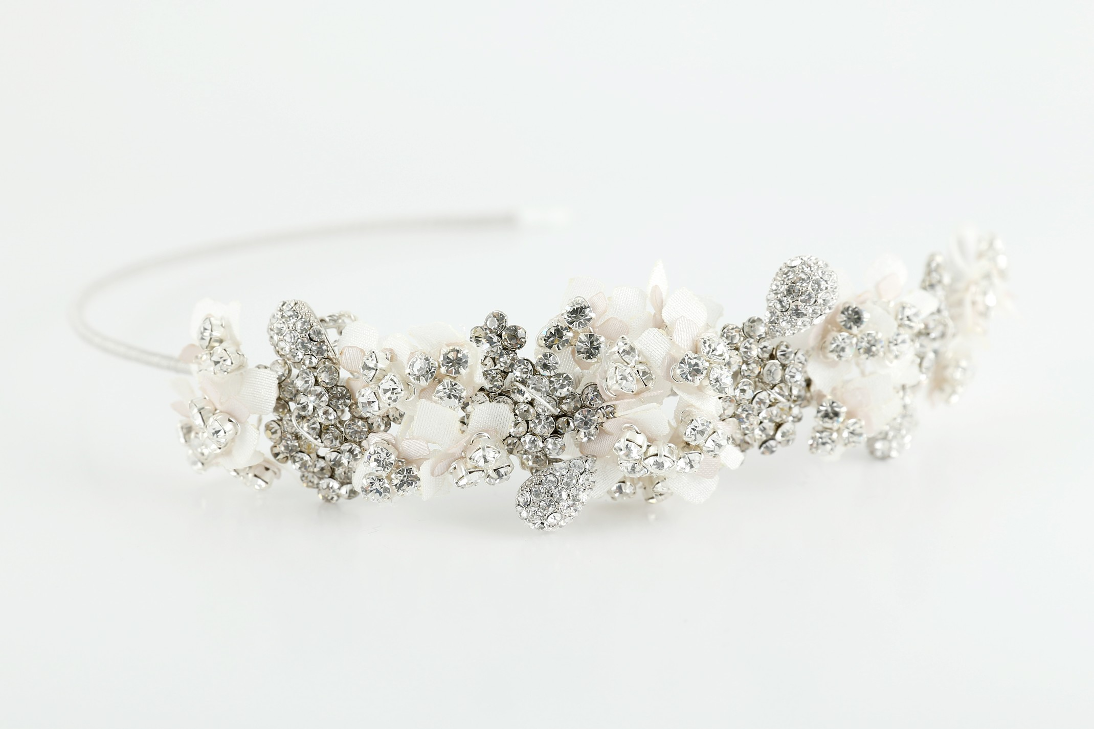 We wedding headpiece jewellery - We Stock Veils And Tiaras And A Small Selection Of Wedding Jewellery From Richards Designs La Sposa And Ivory Co