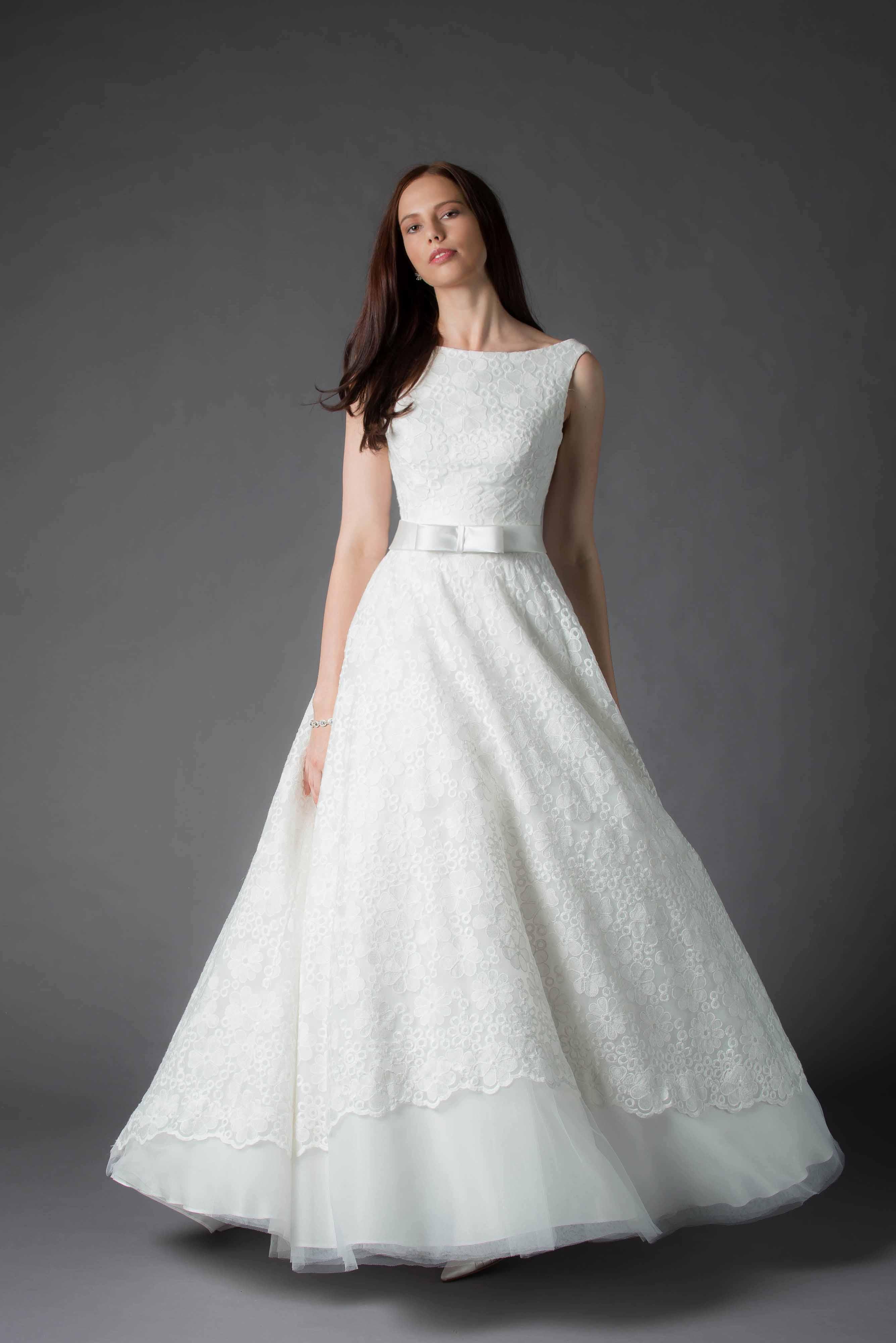 MiaMia - Wedding Dress Iris Front