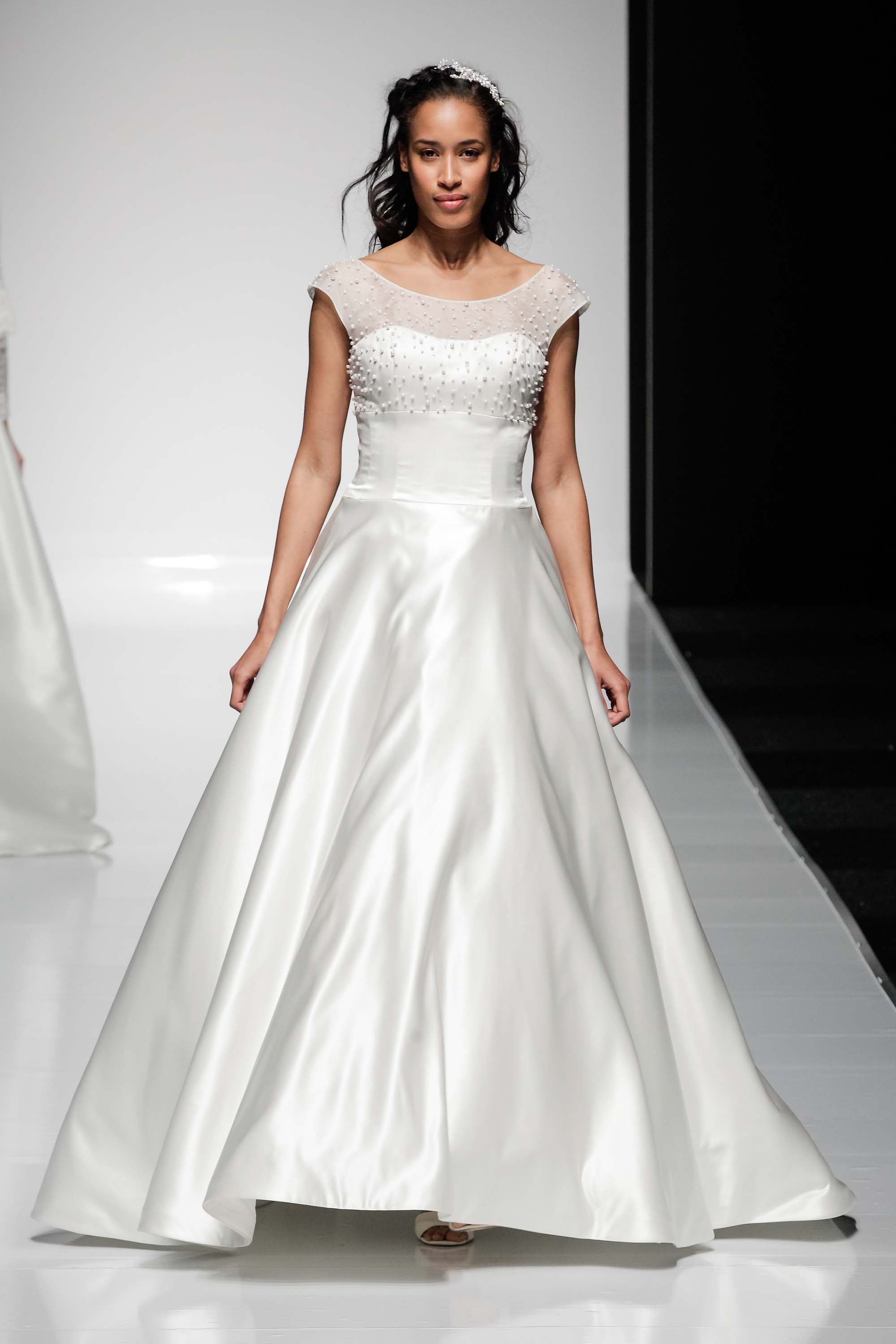 MiaMia - Wedding Dress Eve